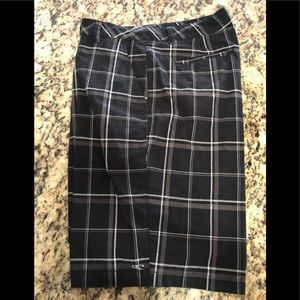 O'NEILL men shorts. Size 34. Used-EXCELLENT cond.